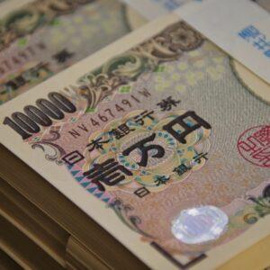 薬剤師の転職条件「年収700万円以上」は叶う?【求人あります】